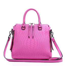 Wholesale-Factory Direct Sales Women Handbag Shoulder Shell Bags Female Genuine Leather Small Size Fashion Knitting Style Totes Handbag