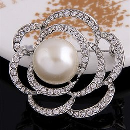 2015 New Fashion Faux Pearl And Crystal Rose Flower Brooch Factory Direct Sale Price Elegant Wedding Bridal Dress Jewelry B915 Silver Plated
