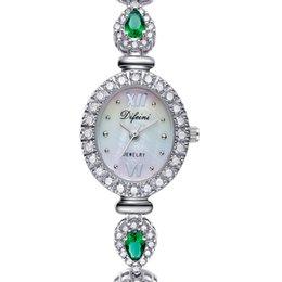 Relojes de las señoras de la manera del estilo del verano 2016 nuevos reloj impermeable de la pulsera reloj verde de las mujeres de lujo del diamante reloj Regalo del reloj del cuarzo para las señoras desde mujer del estilo de reloj resistente al agua proveedores