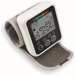 Wholesale home use portable wrist blood pressure monitor health care pulse oximeter heart beat meter blood pressure meter