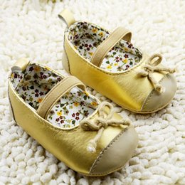 New products 2015 baby girls First Walker Shoes bowknot golden infant princess Shoes joker pure color newborn shoe 11-12-13 0-1age ab1114