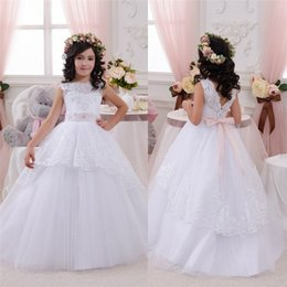 Wholesale Adorable Sequins Flower Girls Dresses With Ribbon Bateau Neckline Kids Wears White Dress For Communion Wedding