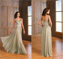 Wholesale Jasmine Chiffon Backless Mother of the Bride Dresses Lace V Neck Pleated Zipper Long Plus Size Wedding Guests Mother of Groom Gowns