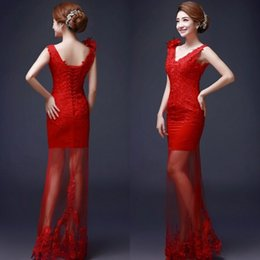 Red Chinese Wedding Dresses Sheath Column Deep V Neck Sleeveless Lace Appliques Lace-up Back Sheer Skirt Bridal Gowns with Handmade Flower