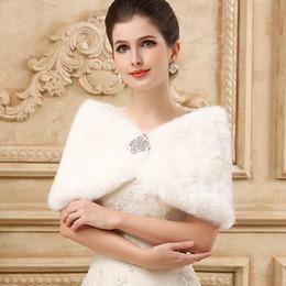 Princess Faux Fur Bridal Shrug Wrap Cape Stole Shawl Bolero Jacket Coat Crystal For Winter Wedding Bride Bridesmaid Dresses Real Image 2019