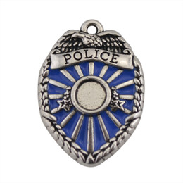 Wholesale 100 a new made diy eco friendly zinc alloy antique silver plated words police badge enamel charms