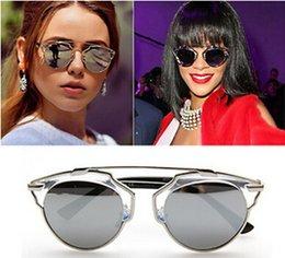 New 2016 Vintage Luxury Metal frame Sunglasses Women Fashion Designer Cat Eye Glasses Sexy Women Classic Eyewear