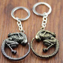 Wholesale Alien vs Predator Requiem Queen Alien Color Metal Keychain key chain new Movie Jewelry Pendant Keychain