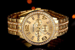 2017 Geneva Watch Fashion Metal Quartz wrist watches for Men Women Unisex luxury watches Geneva Crystal Watches 15pc DHL free