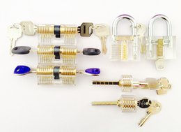 Wholesale Factory direct used locksmith tools Clear Acrylic pieces transparent padlock for lock picking practice closed and with the key inserted