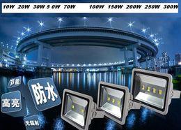 IP65 Outdoor Waterproof LED Floodlight Landscape Flood Lights Wall Wash Light 10W 20W 30W 50W 70W 100W 150W 200W 300W 400W Warm White White