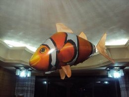 RC Remote Control use lipo batteries Air Flying Fish Shark  Clownfish Inflatable Toy Swimming air Fish Swimmers In The Air electronic toys