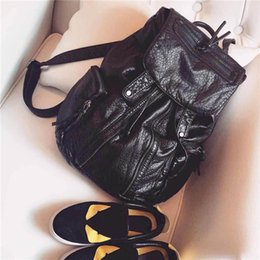 Wholesale Ladies Clamshell Design Backpack With Zippers Black PU Double Shouler Bags Ladies Travel Hiking Rucksack hb259