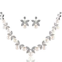 Wholesale CM109 Nice Freshwater Pearl Jewelry Sets Flower and Leaf Pattern Necklace Natural Pearl Stud Earrings Wedding Jewelry Sets J0356