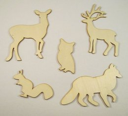 Wholesale Deal Lovely Animal Wood Chips Fashion Christmas Party Home Decoration DIY Veneer Scrapbooking Crafts