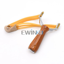Wholesale Powerful Slingshot Aluminium Alloy Slingshot Bow Hunting Catapult with Rubber Latex Band for Outdoor Hunting Games