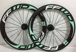 Wholesale carbon road bike wheels MM Bianchi Green hot sale clincher bicycle wheelset novatec hub also can upgrade