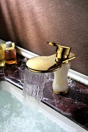 Wholesale Antique basin platform basin taps bathroom basin bathroom cabinet full copper shampoo golden waterfall hole washbasin