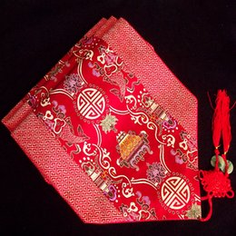Wholesale High End Patchwork Luxury Red Fancy Banquet Table Runners Silk Brocade Chinese Style Decoration Coffee Table Cloth Hotel Bed Runner L200