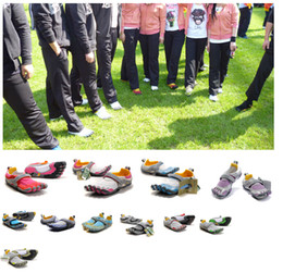 Wholesale Five Hiking Shoes Fingers Men s Toe fingers shoes five fingers outdoor hiking climbing sport shoes sneakers