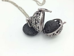 Wholesale 28 mm Hot Sell Antique Silver Floral Locket With Lava Stone Bead For Essential Oil Diffuser Necklace