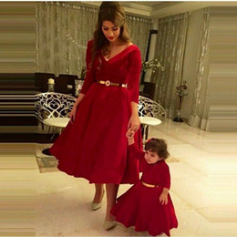 Wholesale 2015 Mother And Daughter Dresses Vestidos Burgundy Velvet A Line Sexy V Neck Sleeves Prom Dress Mother And Girl Party Clothes Gowns