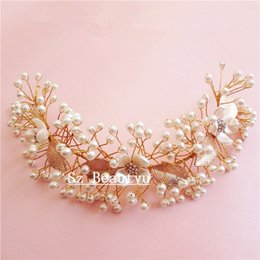 Wholesale Gold Pearls Brides Hair Accessories With Pearls Rhinestone Tiaras Lady CM Length Crown New Bridal Wedding Jewelry Gown Flowers