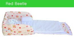 Wholesale Newborn baby Crib months colors portable Bed in Bed foldable baby bassinet Safe baby cot folding bed