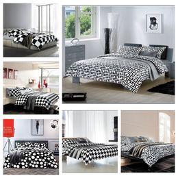 colecciones en blanco y negro al por mayor populares juego de cama tamao queen rey cama casa en un conjunto de ropa de cama cubierta de la bolsa