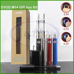 EVOD M14 EVOD VV M14 650 900 1100mah coffret cadeau kit airflow contrôle atomiseur e kit cigarette double bobines kits cigarette électronique e cig DHL à partir de e cadeaux fournisseurs