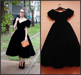 Hot Sale In Store Black Cheap Celebrity Evening Dress 2016 Real Picture High Quality A line V Neck Short Sleeve Prom Party Gown Tea Length