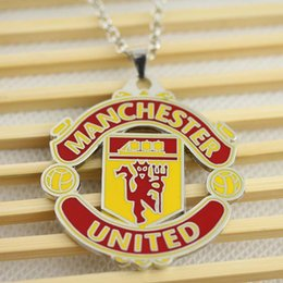 Wholesale New statement necklace United Football Club Official Soccer Gift Metal Enamel Crest pendant necklace fashion necklace