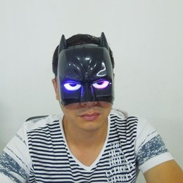 LED Light Batman Mask Cosplay Bat Man Halloween Mask Superhero Avengers Mask Masquerade costume free shipping