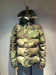 Classic brand men's winter outdoor hooded casual down jacket, men's warm jacket, windbreaker, outdoor mountaineering camouflage clothing