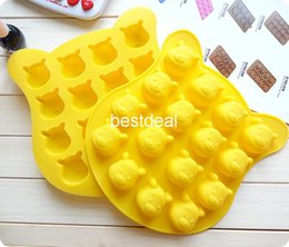 Wholesale Little Bear grid silicone chocolate mould Winnie Pooh cake mold small fruit cake mould ice cube trays ice lattice mold