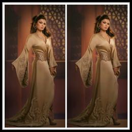 Descuento las mujeres atractivas de oro 2015 Sexy Gold manga larga vestidos de noche para las damas Dubai árabe saudí Mujeres Ocasiones Especiales Dress Cristales Vestidos de Novias