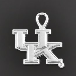 Wholesale 100pcs UK University of Kentucky Wildcats College Sports Team Logo Antique Silver Plated Charm HE102467