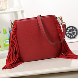 Wholesale-2015 New Fashion Women Handbags Tassel pu Leather Totes Fashion Style Messenger Bags Popular Handbag