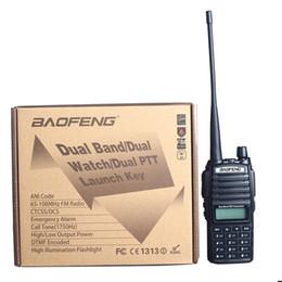 Wholesale Portable Radio BaoFeng UV W KM Walkie Talkie amateur radio Pofung handie talkie uv ham radio free Double PTT headset