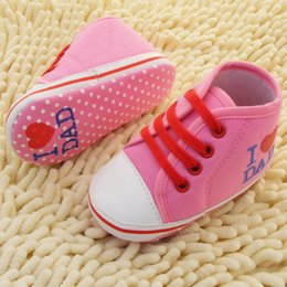 Wholesale-Newborn baby shoes Love Dad and Mom comfortable Pre-walk toddler First Walkers shoes