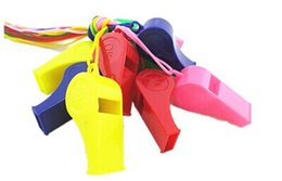 3250pcsPromotion colorful plastic Sport whistle with lanyard colors mixed