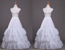 Falda de crinolina sirena en venta-Sirena caliente trompeta Vestidos de boda Enaguas 3 aro de 3 capas de la enagua de la crinolina de falda Panniers resbalón nupcial enaguas Estándar Código Y00060