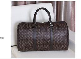 Wholesale Hot Sell Classic Fashion bag swomen men shoulder bags messenger bag Totes bags new handbag bag men women Duffel Bags
