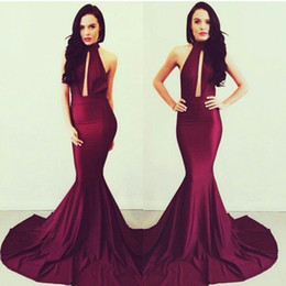Promotion robe avant serrure 2014 Bourgogne Michael Costello Robes de soirée Long Backless Femmes sirène Robes de bal de cou haute Keyhole Front Celebrity robe formelle