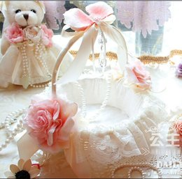 Wholesale 2016 Lovely Flower Girl Basket lace Decorated Bridal Flower Basekt Bride Wedding Supplies Accessories cestas de casamento boda