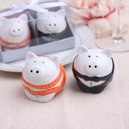 Wholesale 2015 new wedding favor ceramic pig Salt and Pepper Shakers bridal shower favor gifts best wedding guest souvenirs set