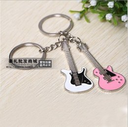 1 Pair Lover's key chains,Retail Guitar Keychains Key chains Creative Design Guitar Musical Instrument Gift Pendants
