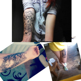 Wholesale 3D Waterproof Personality Body Art Tattoo Sticker Handsome Tatouage Glitter Black Temporary Flash henna Tattoos For Man Women