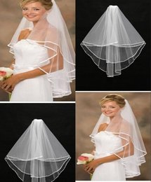 Wholesale Brand New Layers Crystal Bridal Veil Pearl Exquisite Hand Made Beads Unique Tulle Wedding Veil Cheap In Stock Bridal Veils CPA035
