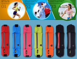 Wholesale World s Best Running Belt Fitness Workout Belt bike belt night reflective system Outdoor Bags Waistpacks Runny Belt Highest quanlity
